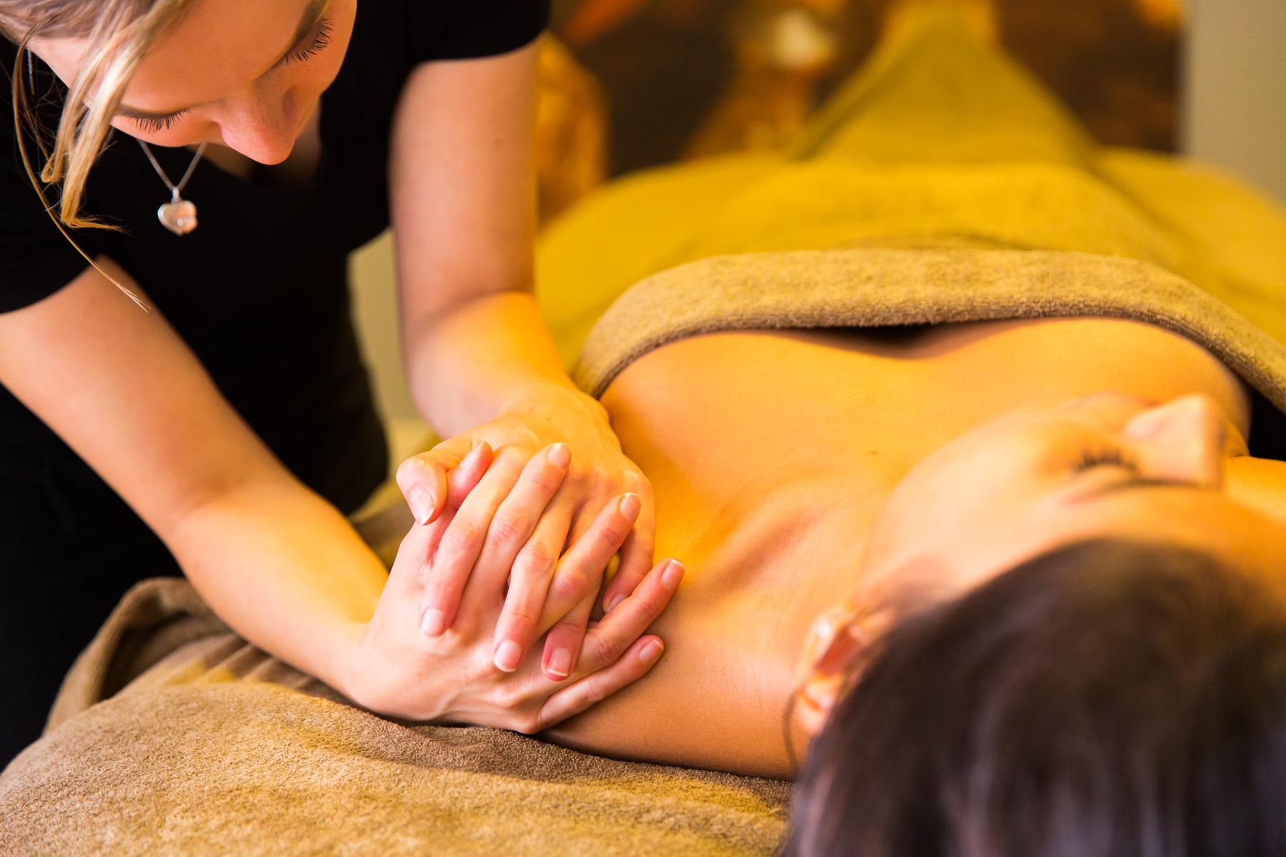 massage tijdens de herfst