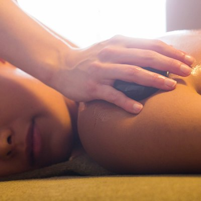Hotstone massage 25 min.